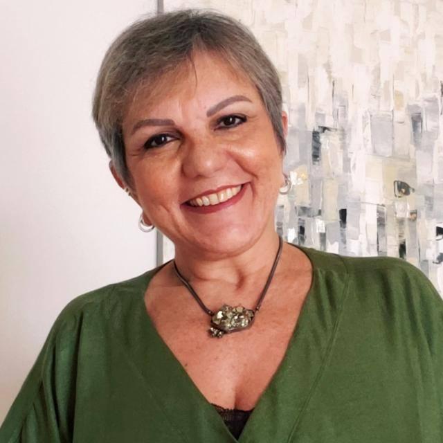 Izabel Simão